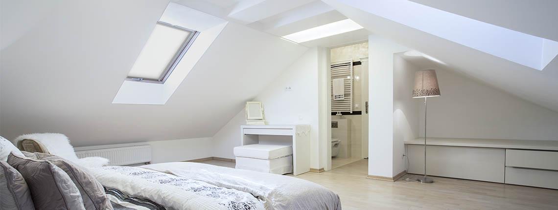 habiller un velux avec des rideaux cheap des rideaux pour le velux with habiller un velux avec. Black Bedroom Furniture Sets. Home Design Ideas