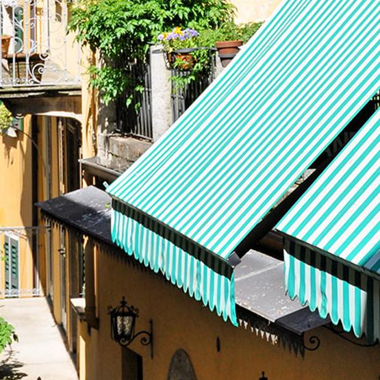 Parasol dans la terrasse