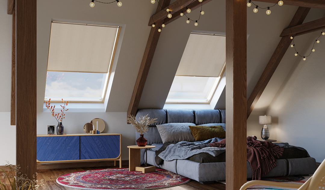Store pour fenêtre de toit dans chambre à coucher