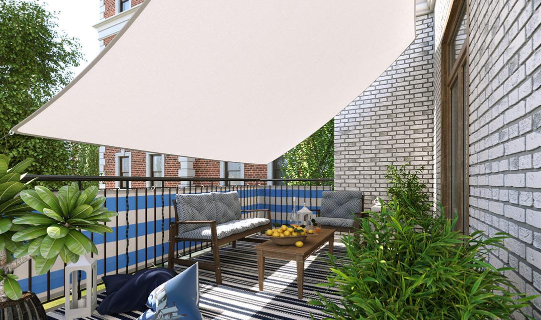 voile d'ombrage et brise vue sur un balcon